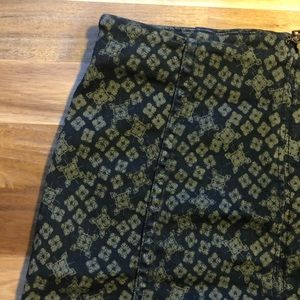 Free People | patterned mini skirt | size 2